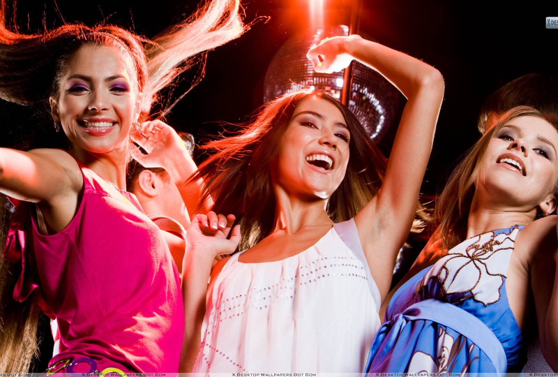 6358973246166187382135614698_It-Is-A-Girl-Party